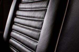 blog-theater-seating-llilliana-detail-warm